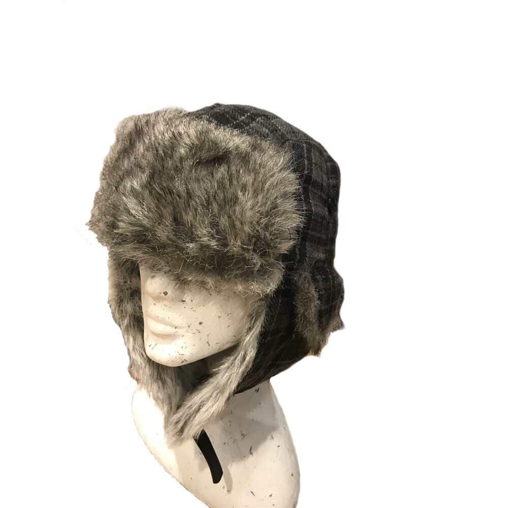 Unknown Trapper Hat Check with Fur Trim
