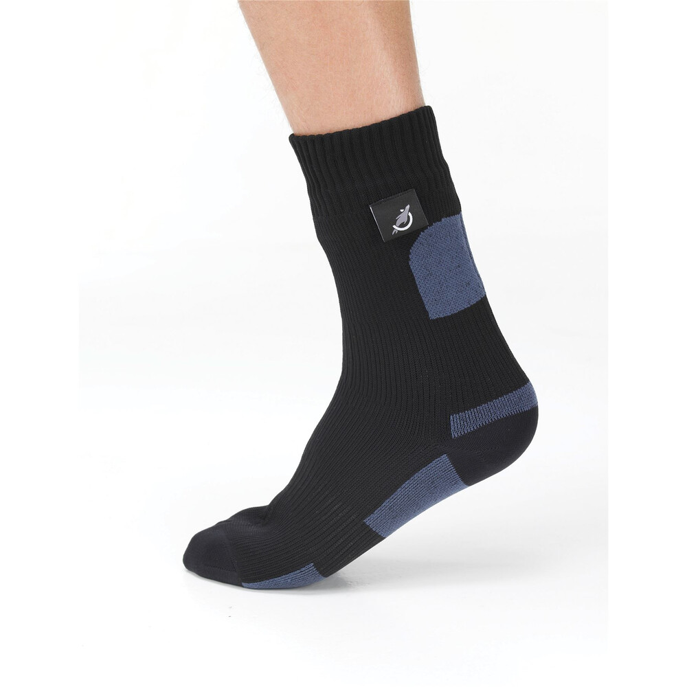 Sealskinz Walking Socks Black