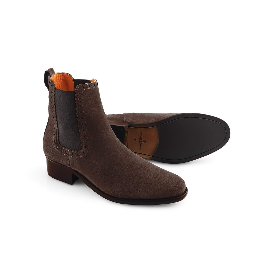 Fairfax & Favor Fairfax & Favor Brogued Chelsea Ladies Boot in Chocolate